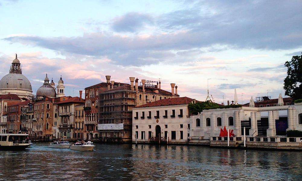 Itinerario alla scoperta della venezia contemporanea for Casa moderna venezia