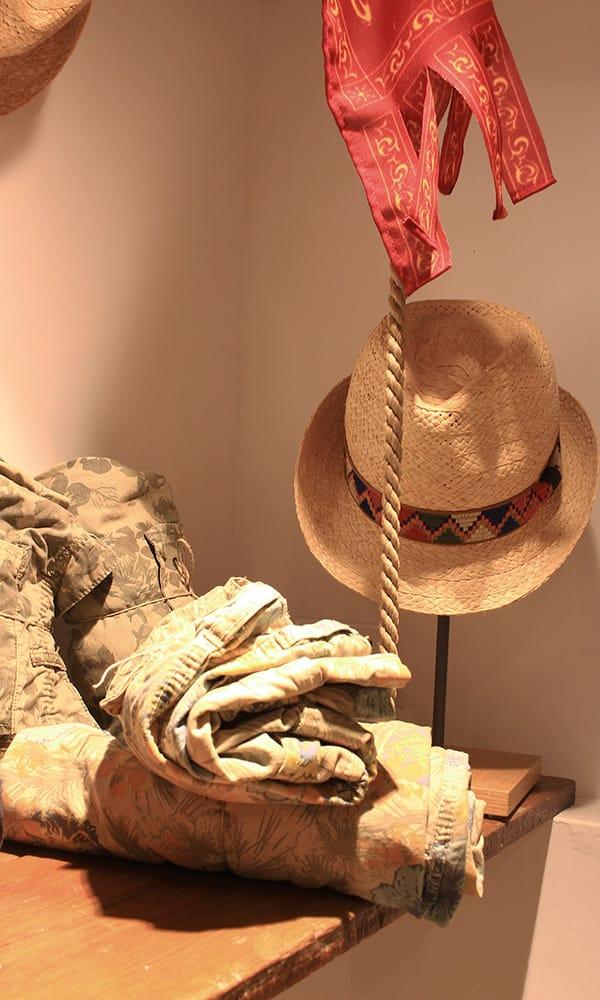 Pantaloni e cappelli di Frezzaria Venezia