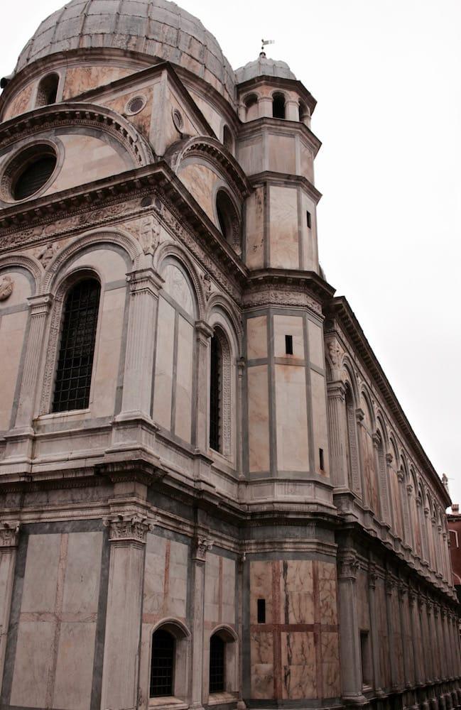 Santa Maria dei Miracoli lato